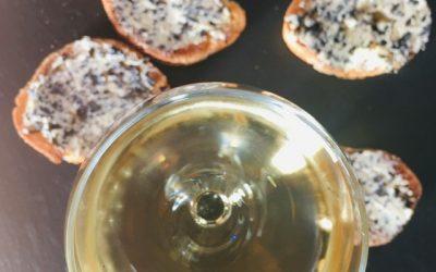 degustation de toasts au beurre de truffe